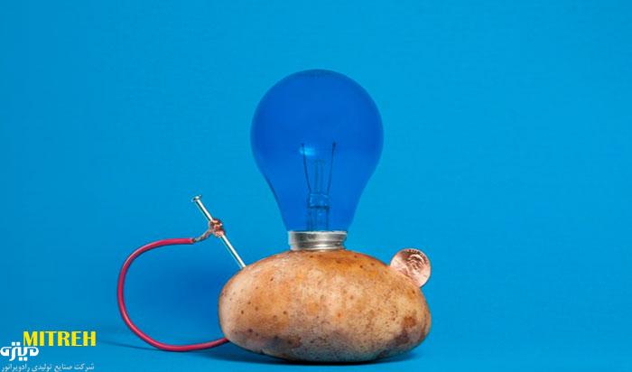روشن-کردن-لامپ-با-سیب-زمینی-و-لیمو-ترش