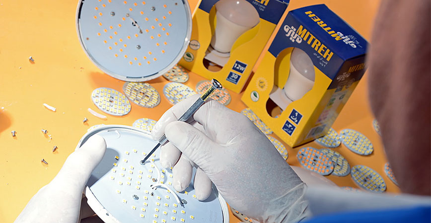 شرکت های تولید کننده لامپ ال ای دی
