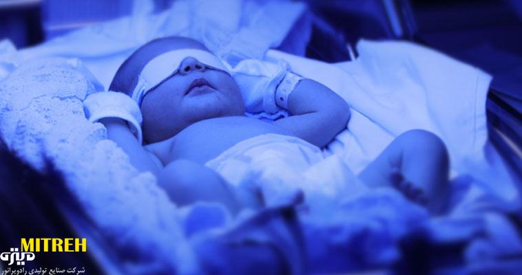 لامپ برای زردی بچه ؛ خطرهای لامپ کم مصرف برای نوزاد